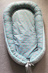 Kokon niemowlęcy dwustronny z wyjmowanym materacykiem